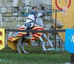 Torneo medieval a caballo