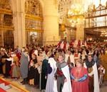 Misa concelebrada en el Altar Mayor de la Catedral.